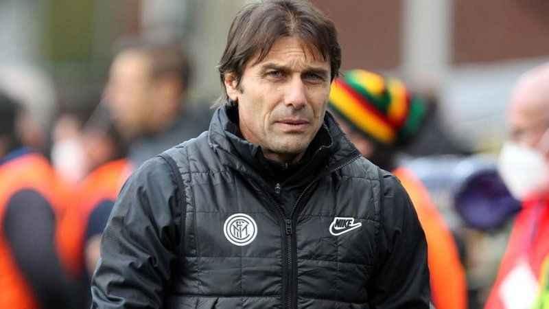 Şampiyon Inter'de Antonio Conte ile yollar ayrıldı!