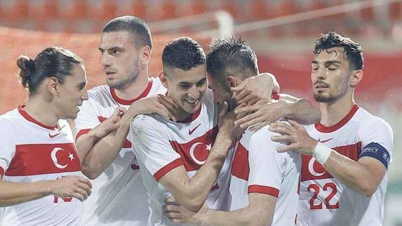 Milli takım Azerbaycan karşısında geriden gelerek kazandı!