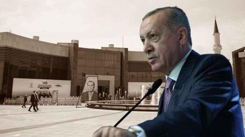 Engin Altay: Erdoğan darbe karşıtlığından ziyade, darbe tacirliği yapıyor