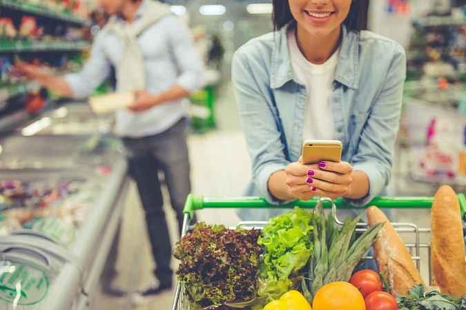 Hafta sonu yasağında marketler kaçta açılacak? Market çalışma saatleri