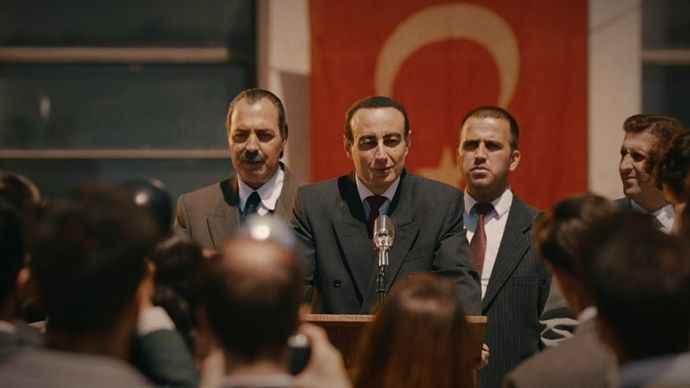 TRT Darbelerin Pusulası: 27 Mayıs belgeseli hazırladı
