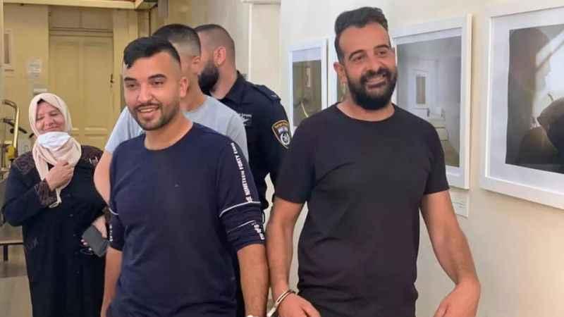 Siyonist İsrail'in gözaltına aldığı gazetecileri mahkemeye çıktı