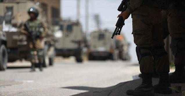 Siyonist İsrail öldürmeye doymuyor: Şeria'da bir genç vuruldu