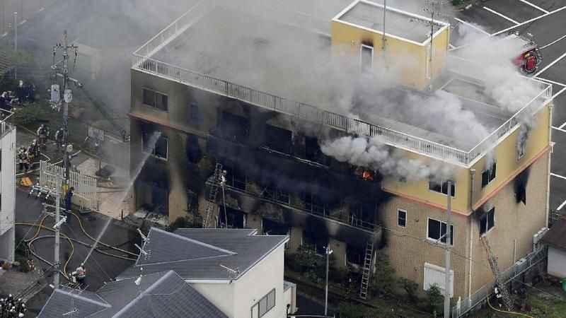 Kovid-19 hastalarının bulunduğu hastanede yangın!