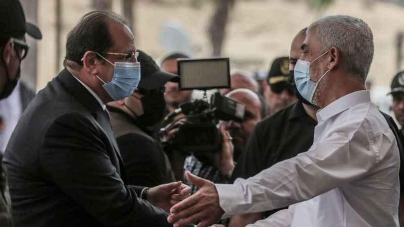 Mısır İstihbarat Şefi Abbas Gazze'de! Yahya Sinvar karşıladı