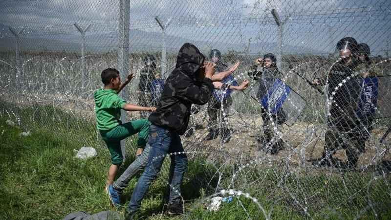 Avrupa'yı mülteci korkusu sardı! Türkiye sınırına dijital bariyer!