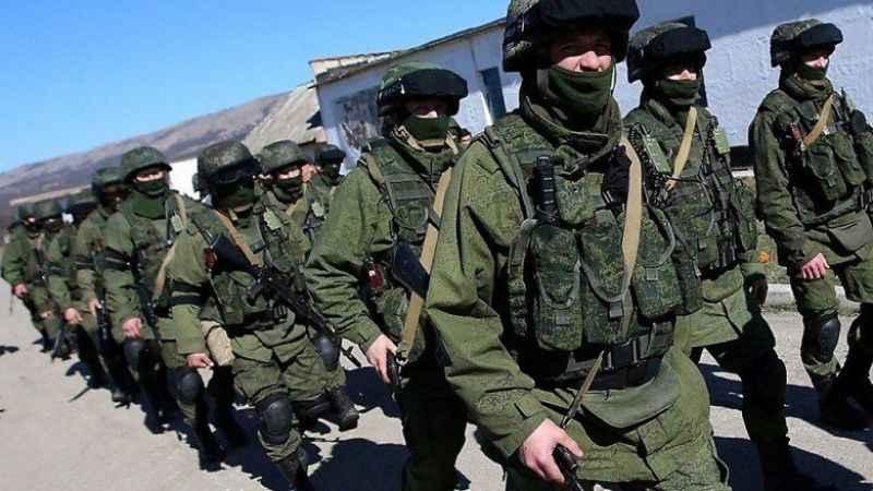 Rus bakan açıkladı! Rusya batı sınırına asker yığacak