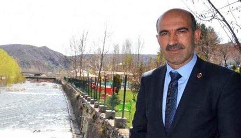 AKP'li başkandan MHP'li başkana 'Tefecilik' suçlaması