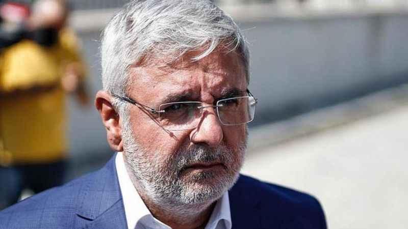 Mehmet Metiner'den AKP'de kriz çıkarak yazı: Her düzeyde ciddi bir...