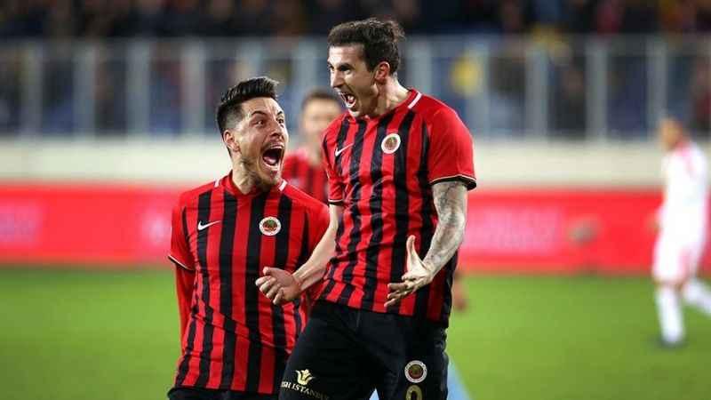 Bogdan Stancu'ya yapılan teklif resmen açıklandı!