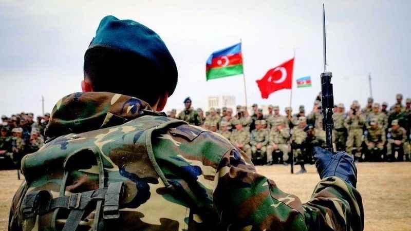Karabağ'da tansiyon yüksek! Ermenistan Azerbaycan'a ateş açtı