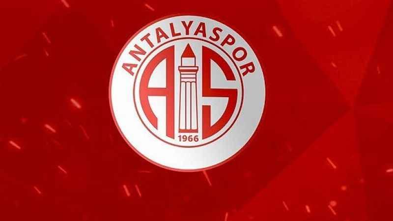 Ersun Yanal, 4 oyuncunun biletini kesti!