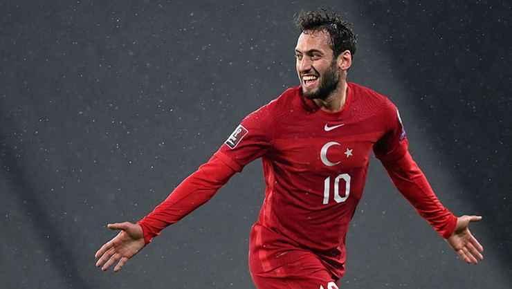 Galatasaray'ın paylaşımında Hakan Çalhanoğlu detayı