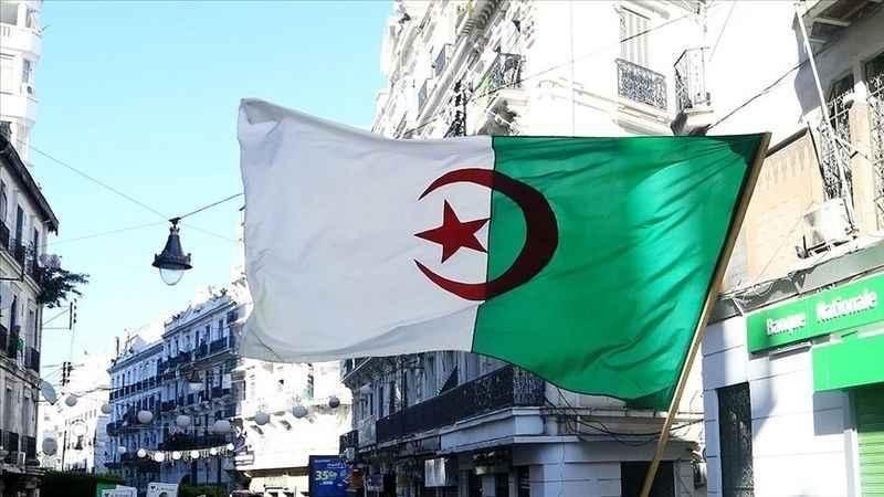 Cezayir'de neler oluyor? Cezayir'de cuntanın marifetleri…