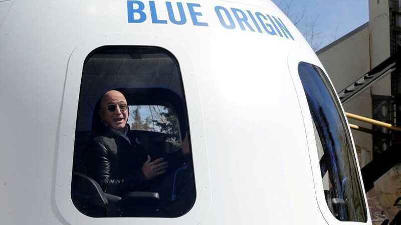 Bezos'la uzay gitmenin bedeli bu! Bir koltuğa 28 milyon dolar verdi!