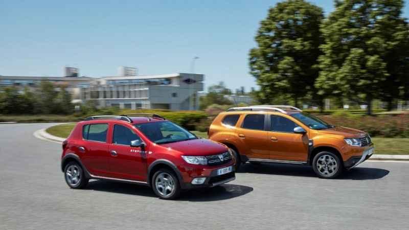 Dacia Duster ve Dacia Sandero karşılaştırması! Duster mı, Sandero mu?