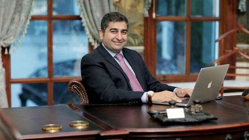 Sezgin Baran Korkmaz'ın kredi kartını ödediği gazeteci kim?