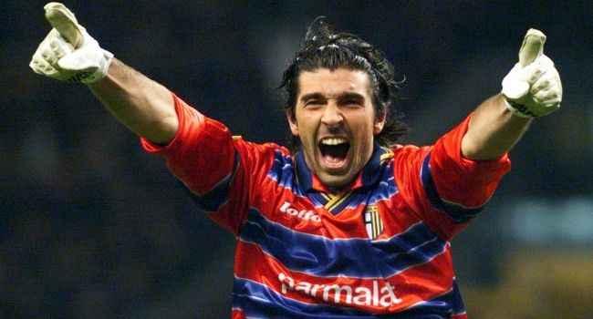 Gianluigi Buffon'dan 20 yıl sonra geri dönüş