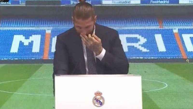 Sergio Ramos, gözyaşları içerisinde Real Madrid'den ayrıldı!