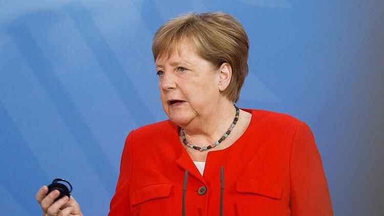Merkel'den Türkiye açıklaması: 'Birbirimize bağımlıyız'