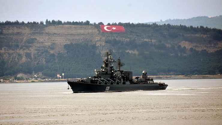 Rus savaş gemileri Ege Denizi'ne doğru yol aldı