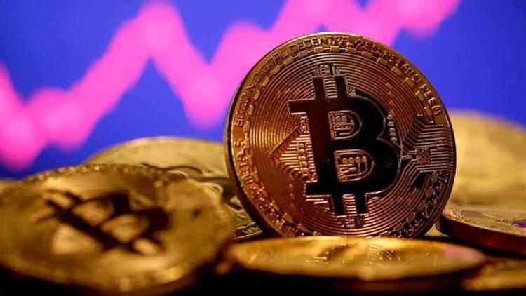 Balon patladı: Bitcoin yine kaybettirdi: Sert düşüş geldi