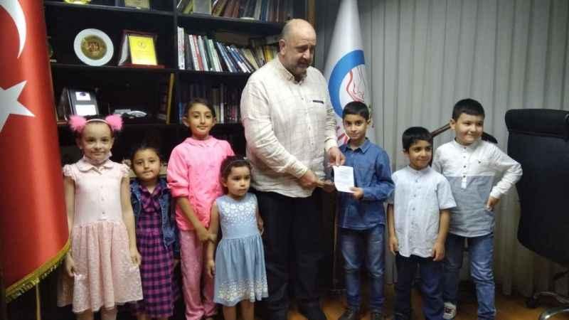 AGD'li miniklerden Filistin'e anlamlı destek