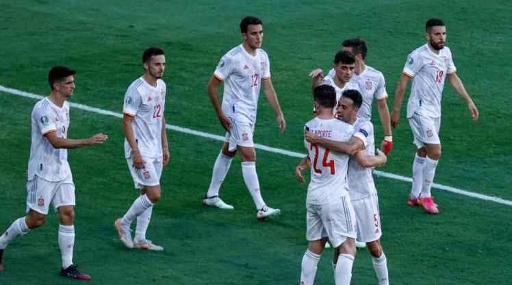 İspanya son maçta Slovakya'yı dağıttı!