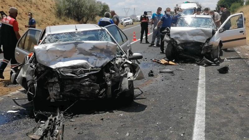 Nevşehir'de feci kaza: 3 ölü, 3 yaralı!