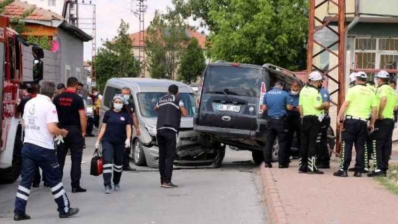Kayseri'de trafik kazası: 3 gün önce evlenmişlerdi!