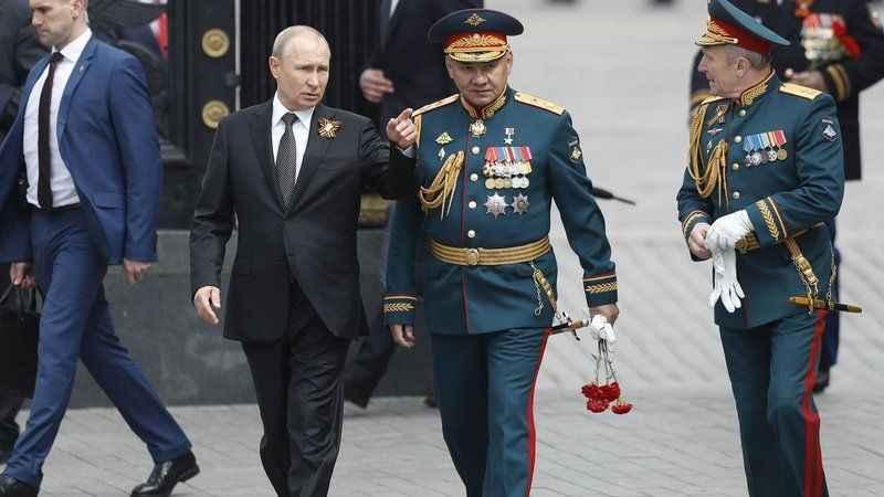 Putin'den flaş S-400 hamlesi: Göz kırptı