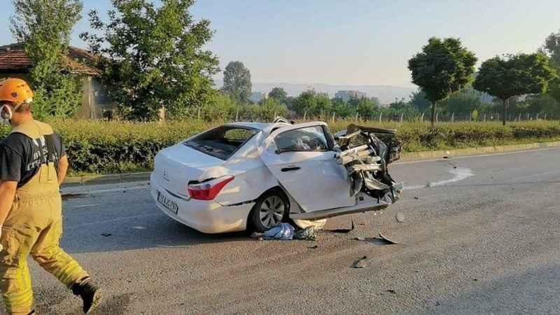 Bursa'da trafik kazası: 3 ölü!