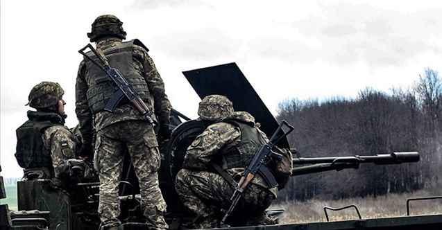 Parlamento kabul etti asker sayısı artıyor