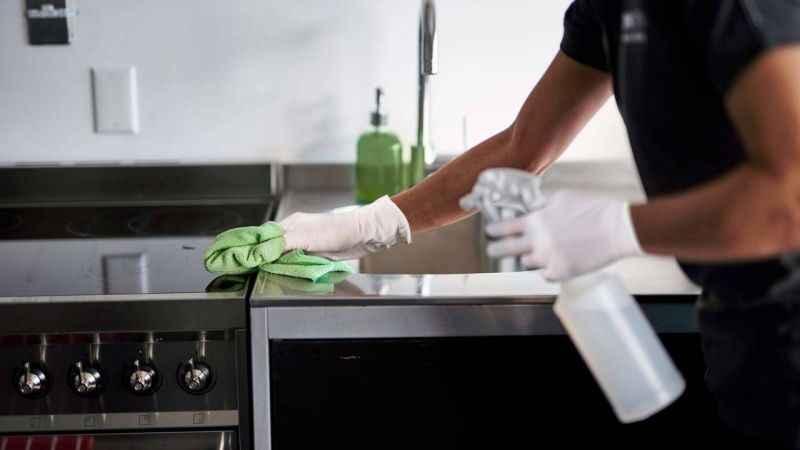 Tam bakteri yuvası! Mutfakta sakın bu hatayı yapmayın...