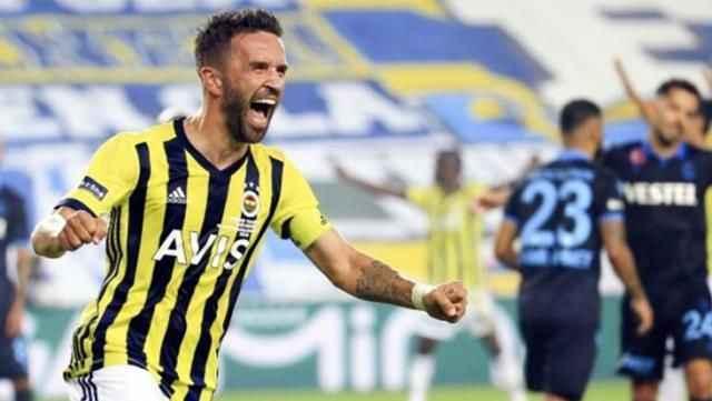 Fenerbahçe, Gökhan Gönül'le yolları ayırma kararı aldı