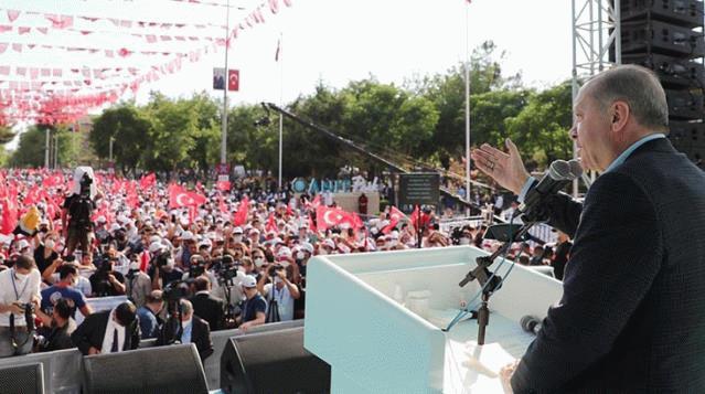 Erdoğan, Demirtaş'a sert çıktı: Yasin Börü'nün hesabını verdi mi?