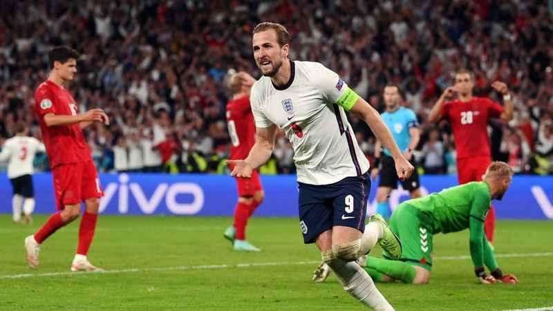 Danimarka İngiltere maçının tekrarını istiyor!