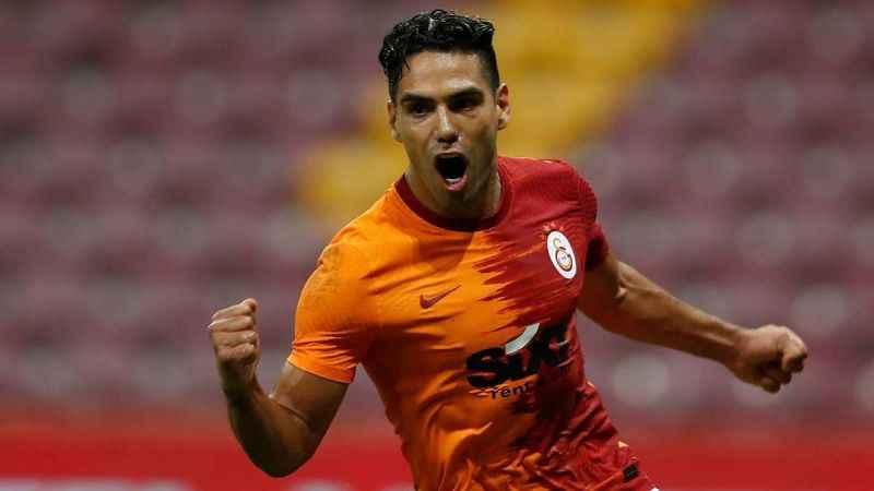 Galatasaraylı Radamel Falcao'dan transfer yanıtı!