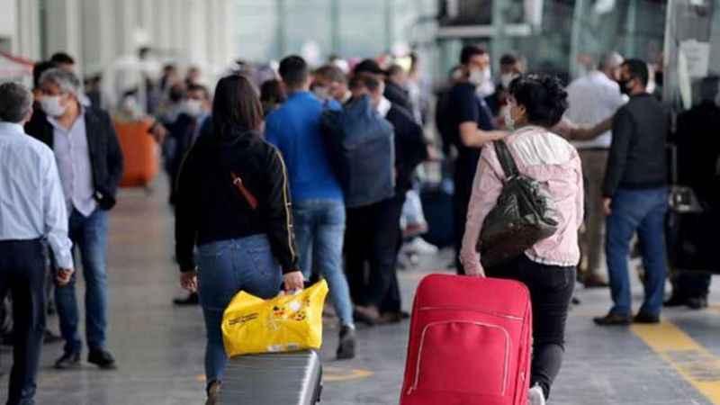 Bayram fırsatçıları...Otobüs ve uçak biletlerine fahiş zam...