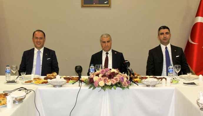 Kartal ve Beylikdüzü Belediye Başkanları gazetecilerle bir araya geldi