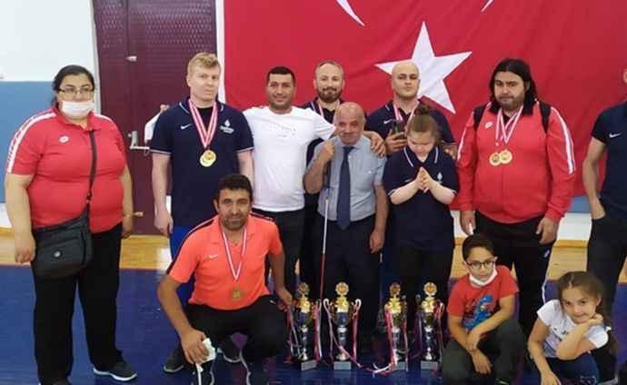 Çankaya Belediyesitakım halinde Türkiye Halter Şampiyonu oldu