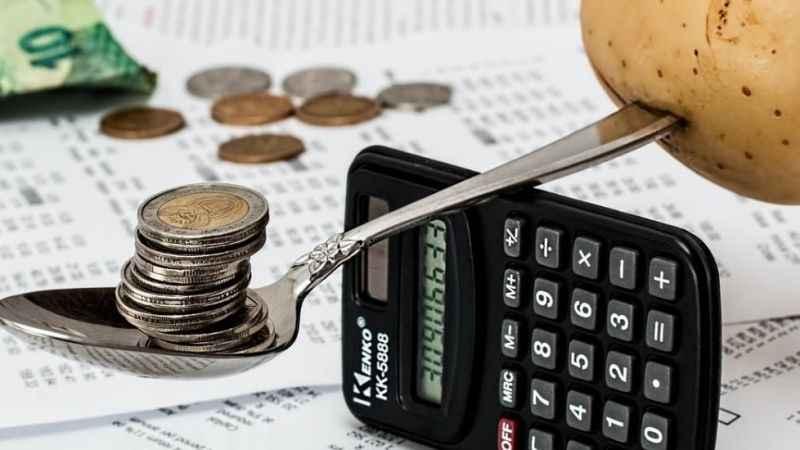 Murat Muratoğlu: Enflasyon, dolar kuru, faiz hapsindeyiz