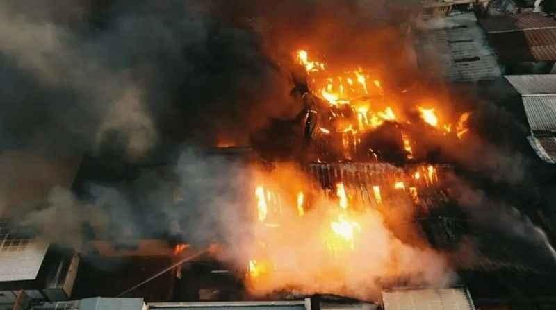 Kahramanmaraş'taki fabrika yangını 5 tesise sıçradı
