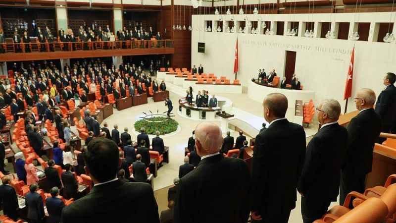 AKP'den bir garip OHAL savunması!