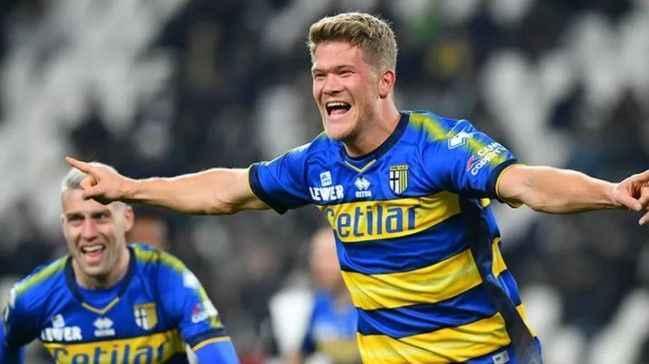 Trabzonspor Cornelius transferi için Parma ile anlaştı