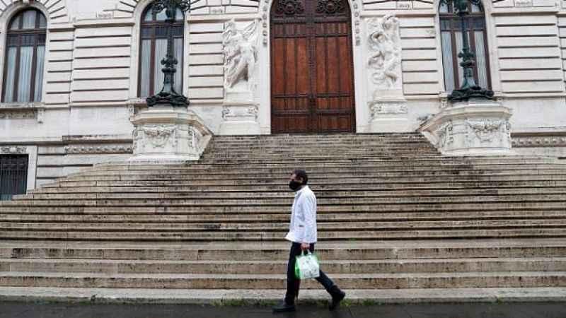 O Avrupa ülkesinde flaş karar: OHAL yıl sonuna kadar uzatıldı