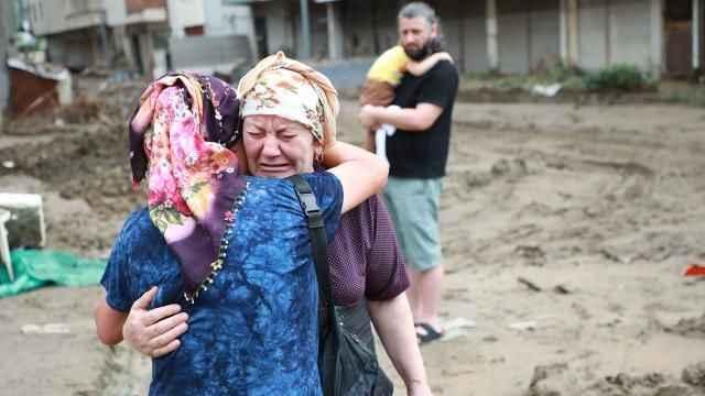 Düzce, Rize ve Artvin'de bazı bölgeler afet bölgesi ilân edildi