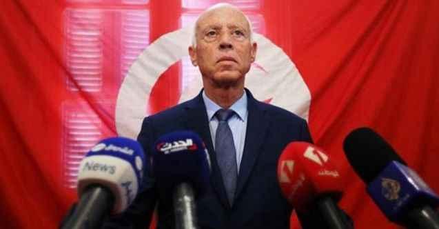 Tunus'ta 1 ay süreyle geceleri sokağa çıkma yasağı ilan edildi
