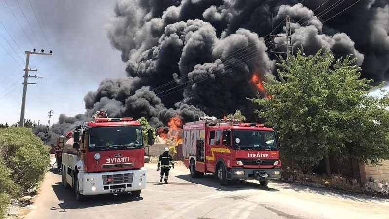 Gaziantep'te patlama: Çevredeki evler tahliye edildi!