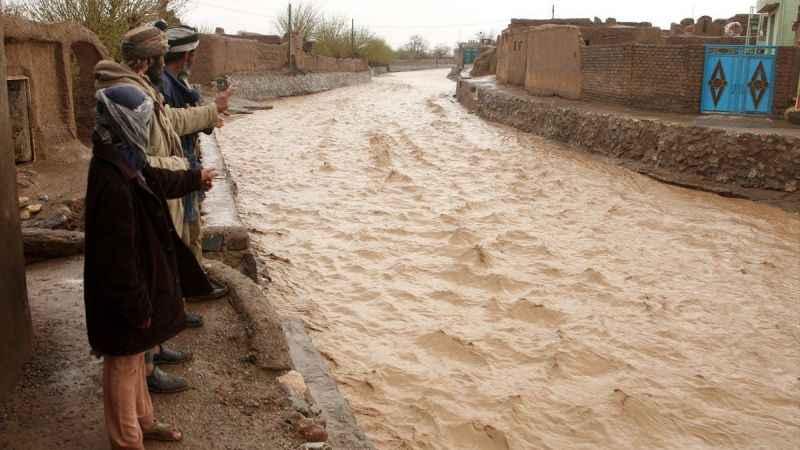 Afganistan'ı da sel vurdu: en az 40 ölü, 150 kişi kayıp